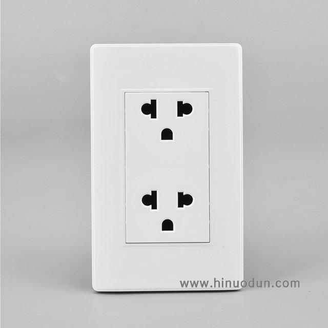 118B-07 15A duplex universal outlet